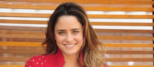 Fernanda Vasconcellos é Brigite em 'Haja Coração'