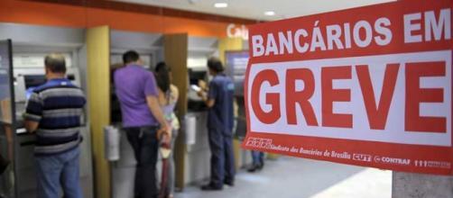 Os bancários entram em greve nesta terça-feira