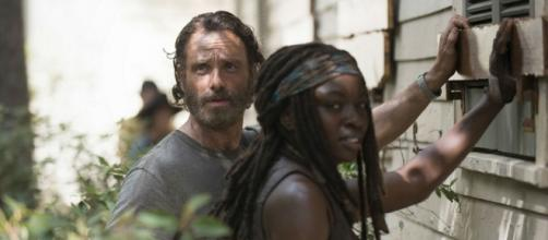 Rick e Michonne in The Walking Dead 5 episodio 7