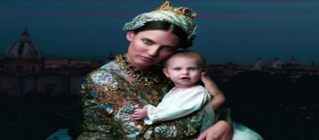 Bianca Balti con la figlia Mia