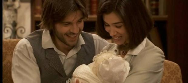 Il Segreto: Esperanza con mamma e papà