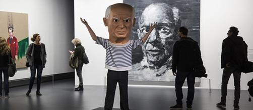 Une figurine de Picasso à l'accueil. © C.Paux