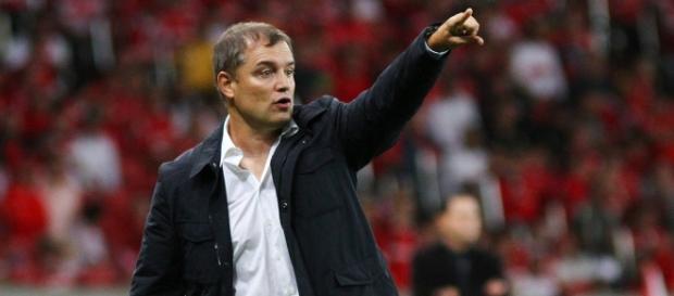 Aguirre pode ser o novo técnico do São Paulo