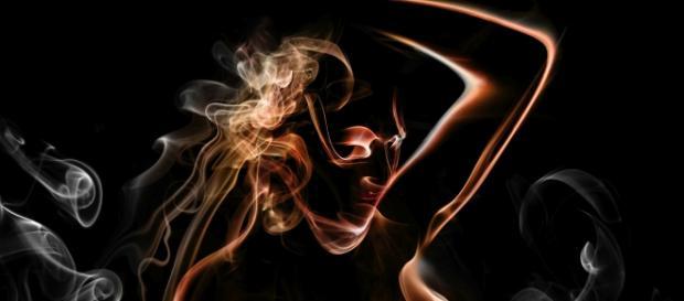 aktdarstellung rauchen; Bildrechte mick - Fotolia
