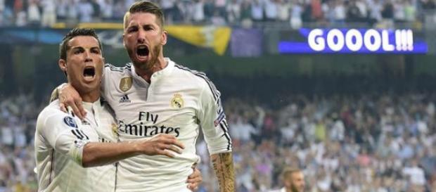Celebración de un gol junto a Sergio Ramos