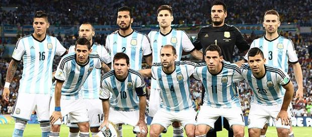 Seleção argentina não terá Messi em estreia