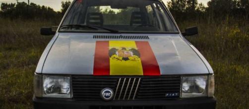 Fiat Uno 'franquista' objeto de la controversia
