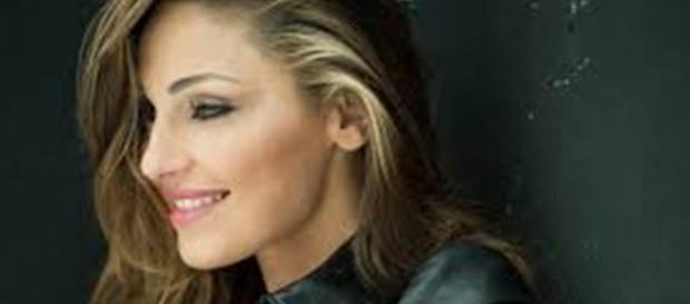 Anna Tatangelo è polemica per campagna Lilt