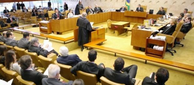 STF terá reajuste de salário a patrtir de 2016