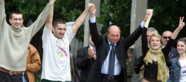 Traian Băsescu și cei trei jurnaliști răpiți