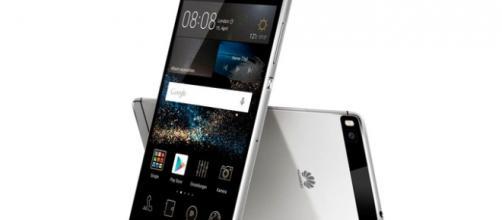 Alcune offerte sullo smartphone Huawei P8