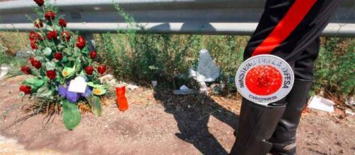 I Carabinieri di Aversa sul luogo dell'incidente