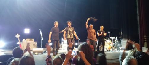 Max Gazzè e la sua band salutano il pubblico