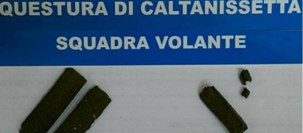 La droga sequestrata a Caltanissetta