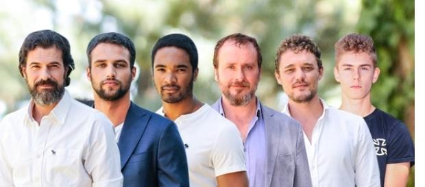 """Protagonistas masculinos de """"Mar de plástico"""""""