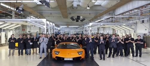 1000 posti di lavoro in Lamborghini e Magneti