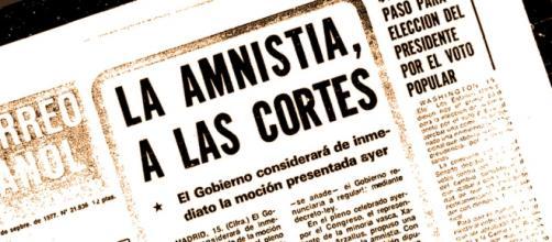 La ley de Amnistia del 77, El correo español
