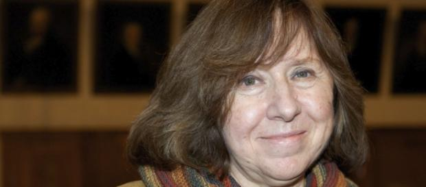 a escritora Svetlana Alexievich