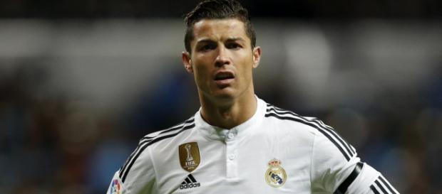 Cristiano Ronaldo perde a cabeça em jogo