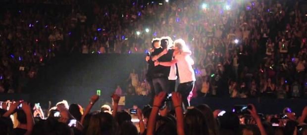 O abraço final depois do último concerto.