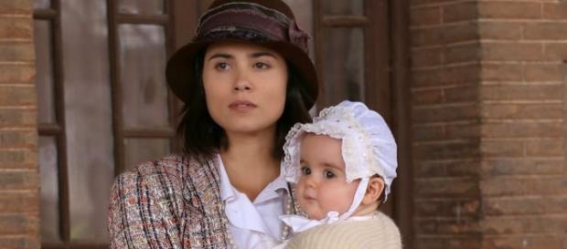 Qualcuno sta spiando la piccola Esperanza?