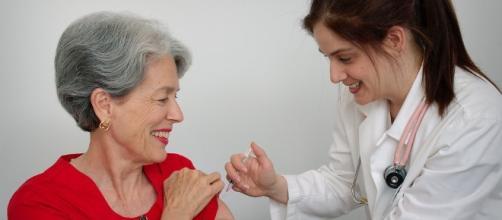 Per gli anziani il vaccino può essere necessario