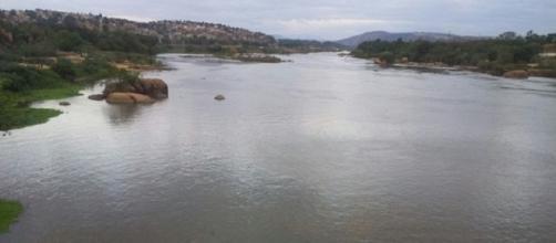 Rio Doce com água turva. Foto: G1