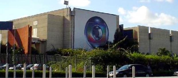 Globo tenta inovar com 20 anos de atraso