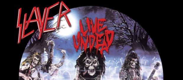 Live Undead - Álbum ao vivo gravado em estúdio