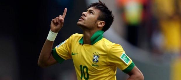 Neymar está de regresso após um castigo de 4 jogos