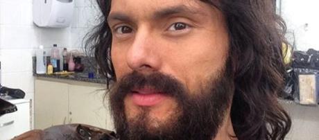 Adriano Toloza viveu Igor em 'Verdades Secretas'