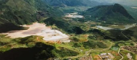 Área das represas antes do rompimento.