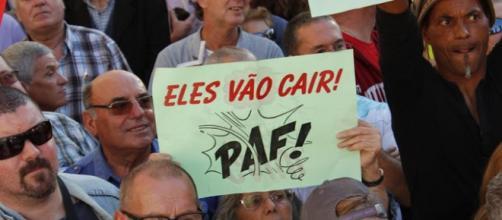 Manifestação da CGTP na AR apoia queda do Governo