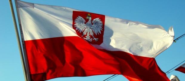 Polskie barwy narodowe, źródło: Wikipedia