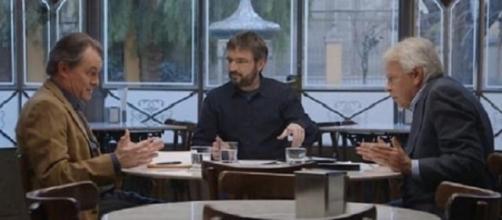 Artur Mas y Felipe González con Jordi Évole.