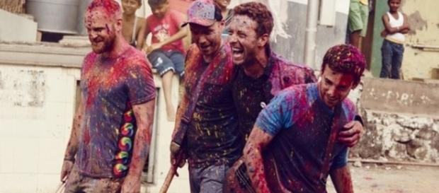 Foto dos Coldplay para promover novo álbum