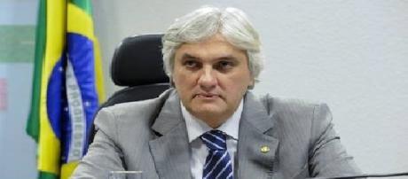 O senador e Líder do Governo Delcídio do Amaral.