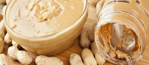 Pasta integral de amendoim para perda de peso