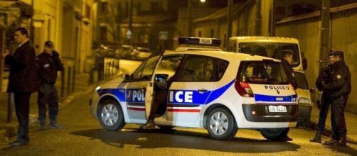 Polizia francese e lo stato d'emergenza