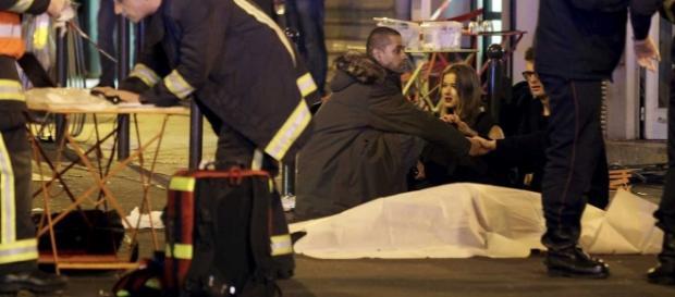 Atentados em Paris nesta cesta deixou 153 mortos.