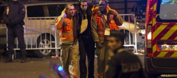Nu sunt, deocamdată, români răniți la Paris