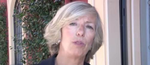 Attentati Parigi: la scuola, ministro Giannini
