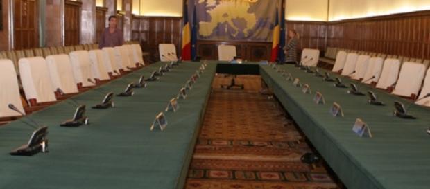 Cine sunt miniștrii din Guvernul Cioloș
