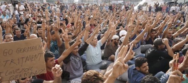 Wielu uchodźców chce dostać się do Niemiec
