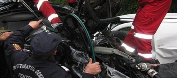 Grav accident în Buzău. 3 morți și 11 răniți