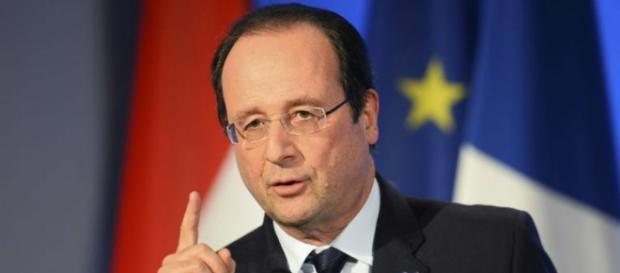 Francia bombardea en respuesta al ataque en París