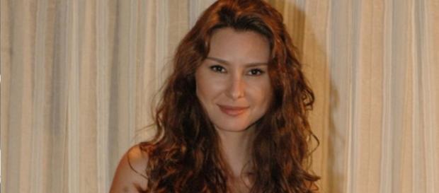 Lavínia Vlasak desabafa sobre volta à Globo