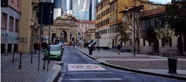 Una delle strade principali di Milano.