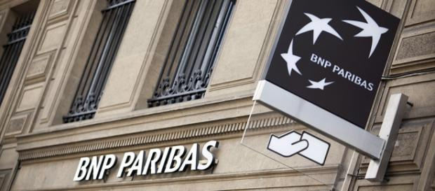 Agência em Paris - Foto: Balint Porneczi/Bloomberg