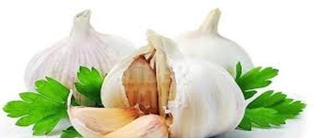 Boli ce pot fi tratate cu ajutorul usturoiului